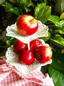 Äpplen på tårtfat 038